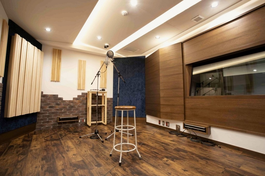2.octavemusic_recordingbooth